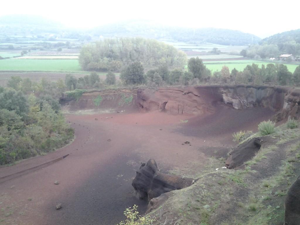 Jongste vulkaan krater, 11000 jaar geleden ontstaan