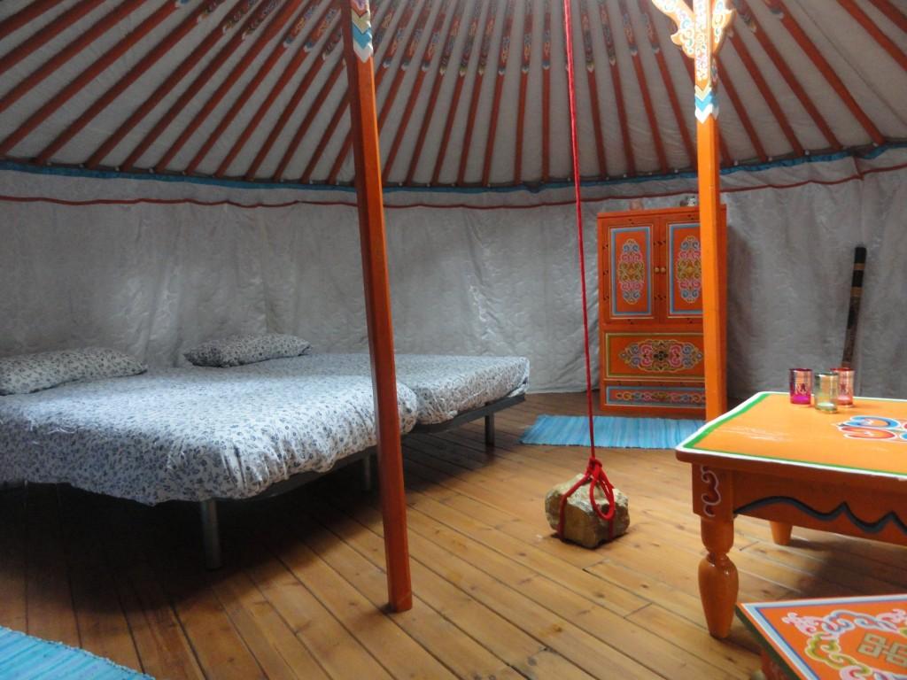 Oranje Yurt; 2 tot 6 personen