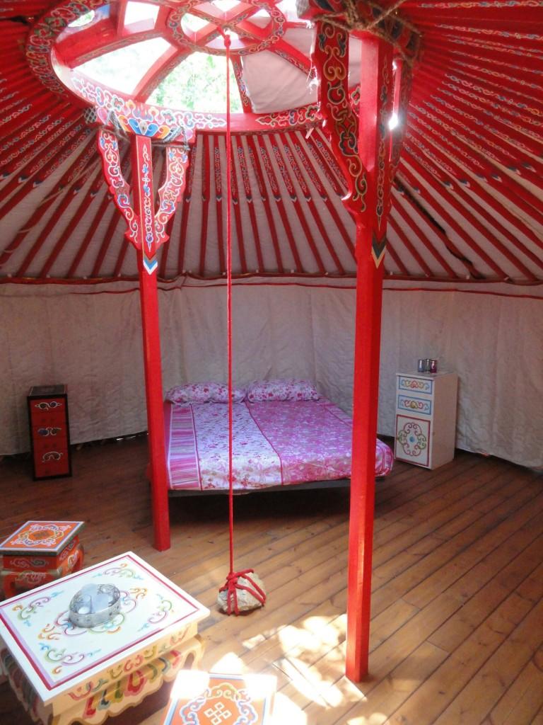 Rode Yurt
